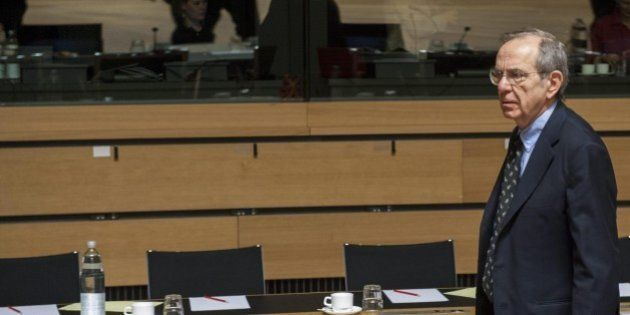 Fisco, Pier Carlo Padoan definisce urgente una riduzione delle tasse per tornare a