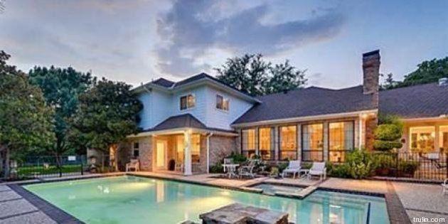 Chuck Norris vende casa a Dallas. La villa del mitico Walker Texas Ranger costa 1 milione di euro