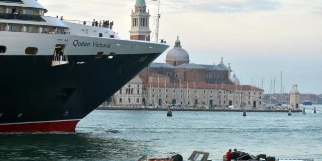 Le grandi navi a Venezia sono mostri da