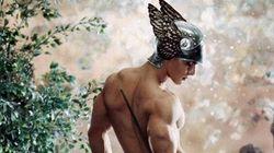 Cade tabù: l'Orsay spoglia l'uomo, nudo e gay