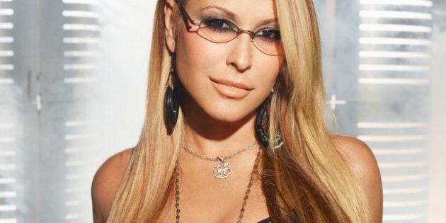Anastacia di nuovo alle prese con il cancro al seno, la cantante è costretta a cancellare il tour
