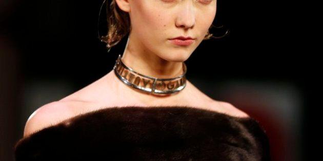 Moda, a Parigi sfila il patchwork di Jean Paul Gaultier. Per lo stilista è un ritorno alle