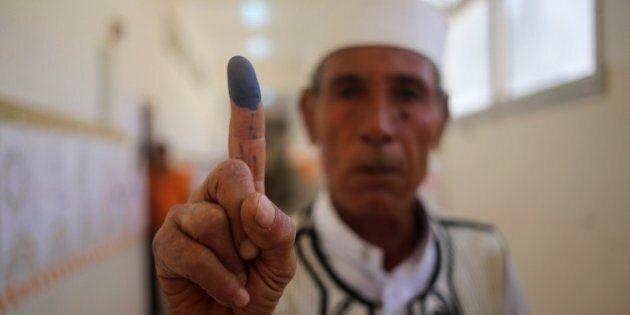 Libia al voto per il nuovo Parlamento. Nel Paese in preda alle milizie la fotografia di una transizione