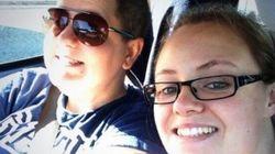 Bufera su Ikea: fa sparire la coppia lesbo dal catalogo