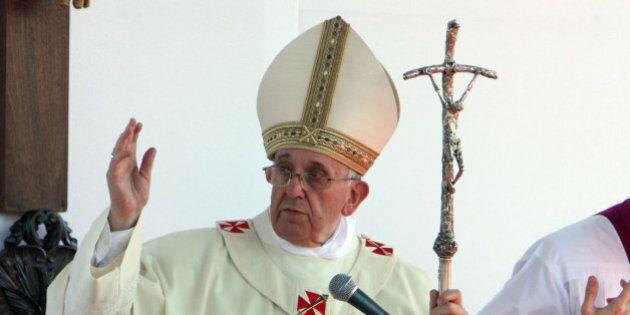 Papa Bergoglio inventa un nuovo genere d'invocazione: la preghiera di