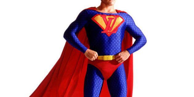I Supereroi Si Svendono Al Capitalismo... Nell'immaginazione Di Un Designer