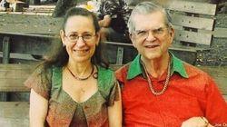 Coppia veste uguale tutti i giorni da 33 anni: la prova d'amore di Donald e Nancy