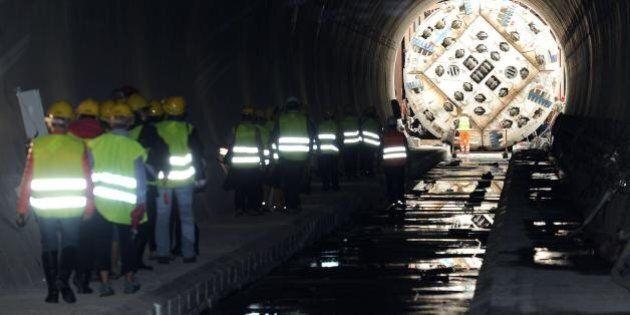 Tav, la talpa dentro al tunnel di Chiomonte: lo scavo inzierà a metà