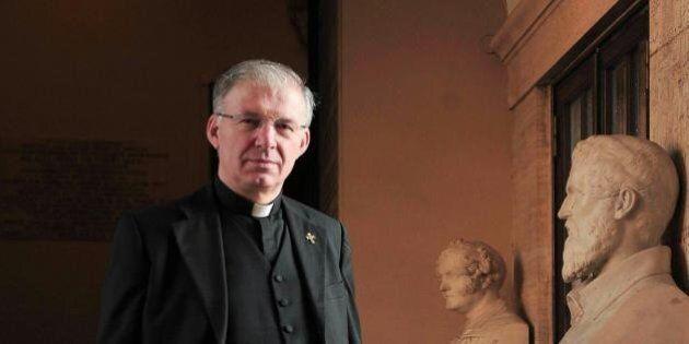 Don Mauro Inzoli, riferimento di Cl in Lombardia, obbligato da Papa Francesco a ritirarsi a vita privata:...