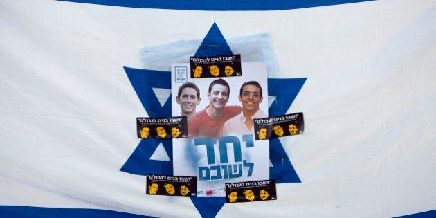 Israele, oggi i funerali dei tre ragazzi rapiti e uccisi. La rappresaglia: colpiti 34 obiettivi di Hamas