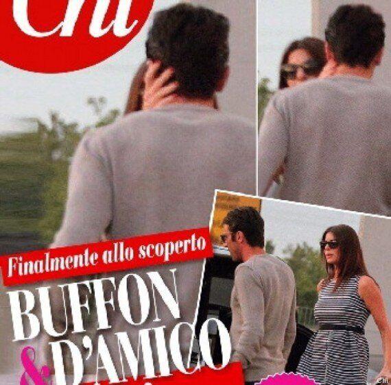 Gianluigi Buffon e Ilario D'Amico: il bacio. La foto esclusiva pubblicata da