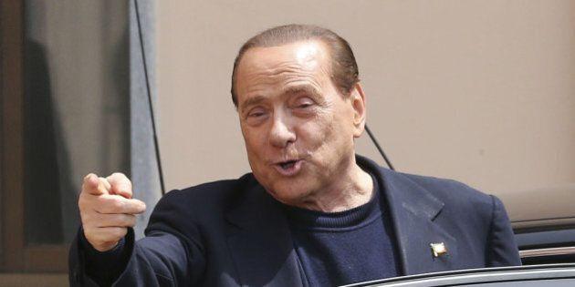 Silvio Berlusconi richiamato dal Tribunale di sorveglianza di Milano per le parole sui giudici a