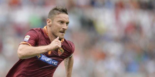 Francesco Totti compleanno, il Capitano compie 38 anni (FOTO,