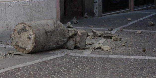Padova, in frantumi la statua della gatta davanti alla chiesa di Sant'Andrea, Distrutta da un camion...
