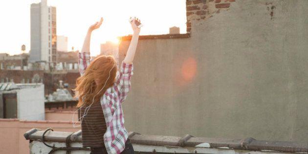 Il segreto della felicità è più semplice di quello che pensate ( DECALOGO
