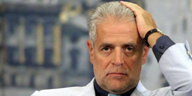 Roberto Formigoni, la procura di Milano chiede il rinvio a giudizio per associazione a delinquere e corruzione...