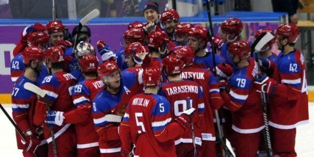 Vladimir Luxuria potrebbe manifestare ancora. Scelta la semifinale femminile di hockey, disciplina più...