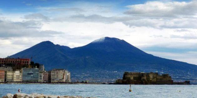 Terremoto in Campania, forte scossa avvertita anche a Napoli. Magnitudo 4,9, epicentro nel