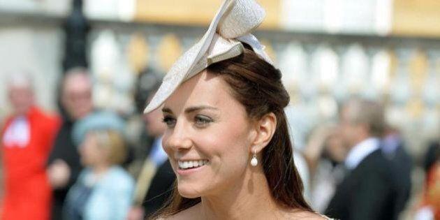 Kate Middleton, nome secondo figlio: se femmina si chiamerà Elizabeth-Diana. L'annuncio del biografo...