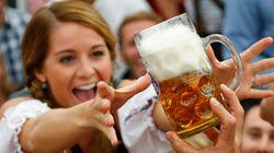 E' partito l'Oktoberfest 2013, attesi 6 milioni di turisti. Anche Bolt corre a Monaco a bere birra