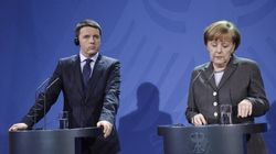 Renzi incassa il sì del Consiglio Ue al piano Juncker, ma Merkel lo