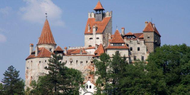 Conte Dracula, il castello di Bran in vendita. La dimora del vampiro vale 140 milioni di dollari