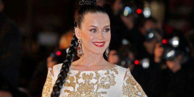 Katy Parry, donna dell'anno per Elle. Parata di stelle per l' Elle Style Awards