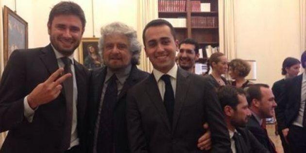 Beppe Grillo loda Luigi Di Maio e Alessandro Di Battista. E loro pubblicano i selfie con il leader M5s