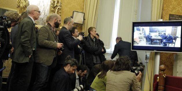 Renzi-Grillo, direttori e influencer si dividono sul vincitore. Ferrara: