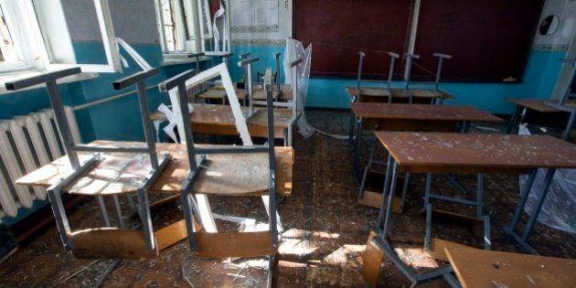 Ucraina; a Donetsk bombe sul primo giorno di scuola, almeno 10 le vittime. Ribelli e lealisti si scambiano