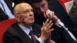 Giorgio Napolitano in soccorso a Matteo Renzi sulle riforme. Al Senato slittano ancora i