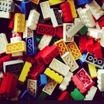 The LEGO Story: un libro e un film dimostrano che quei mattoncini colorati fanno stare