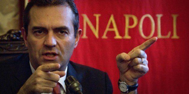 Luigi De Magistris sospeso da sindaco di Napoli, ora l'ex magistrato vuole