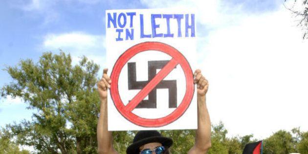 Neonazisti. A Leith, di 24 abitanti, gruppo di seguaci di Hitler compra case e prende la cittadinanza...
