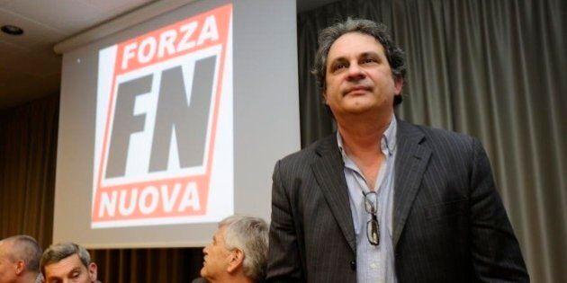 Neofascisti a Milano, alla manifestazione di Forza Nuova un drappello di militanti e nessuna sponda