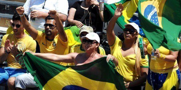 Mondiali: orari di lavoro ridotti quando gioca il Brasiile. I dipendenti pubblici potranno tornare uscire...