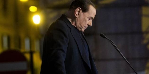 Decadenza, Silvio Berlusconi lancia la campagna elettorale ma teme di perdere pezzi nella lunga