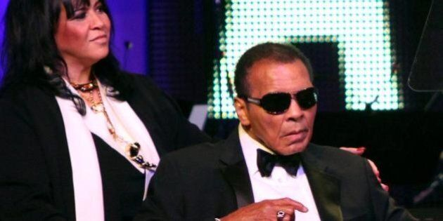 Muhammad Ali ricoverato in ospedale per polmonite: