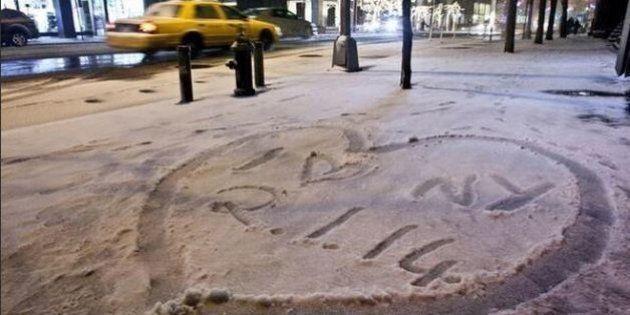Neve a New York: gli Usa colpiti dalla tempesta. 11 morti, cancellati oltre 2000 voli