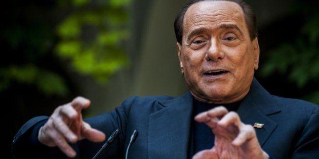 Europee, Silvio Berlusconi contro Grillo e grillini: