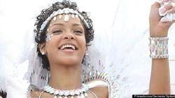Rihanna in versione piume e diamanti. Al carnevale delle Barbados (FOTO,