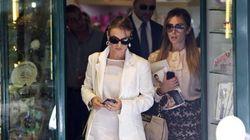 Silvio Berlusconi si sposa? I boookmakers ci scommettono e la fidanzata Francesca Pascale fa shopping