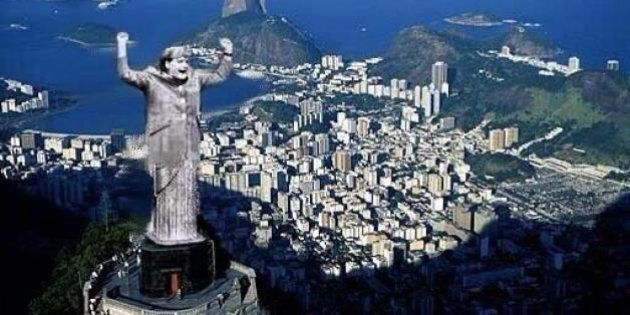 Brasile Germania 1-7 Mondiali 2014: Angela Merkel al posto del Cristo Redentore