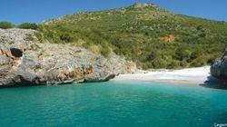 Le 17 spiagge più belle d'Italia: la lista di Legambiente. E la più bella