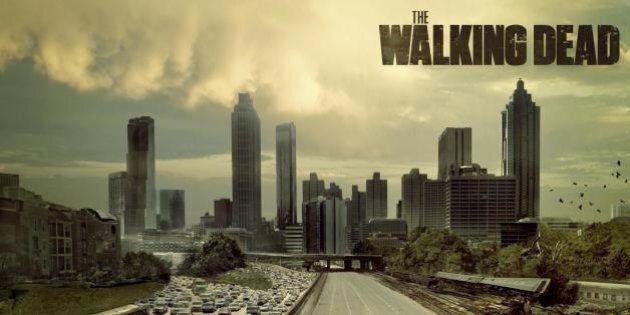 The Walking Dead, la quarta serie su Sky: gli zombi e l'horror nelle serie, in cinema e in politica