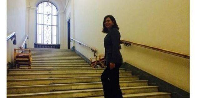 Laura Boldrini sale le scale a Montecitorio:
