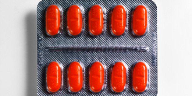 Pillola rossa per la libido: intossicata una coppia di Modena. Nella 'red pils' anche eroina e cocaina