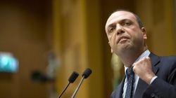 Riforme, il piano di Alfano per aggirare Berlusconi e convincere
