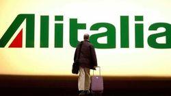 Alitalia, l'azienda propone la ricollocazione di 929 dei 2251 esuberi. I sindacati frenano: