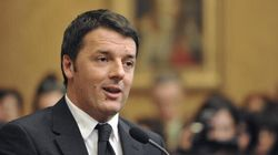 Matteo Renzi al Quirinale per accettare l'incarico da premier: 16 ministri, 8